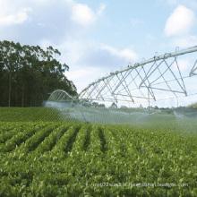 Irrigação de pivô do centro agrícola para fazenda