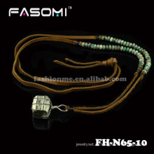 neue Mode Perle mineralischen Bib Männer Halsketten designs