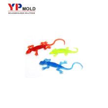 Coutume faisant des jouets en plastique de gecko, moulage par injection en plastique de jouets éducatifs en plastique / outillage
