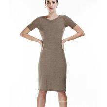 Große nahtlose lässige Kleid