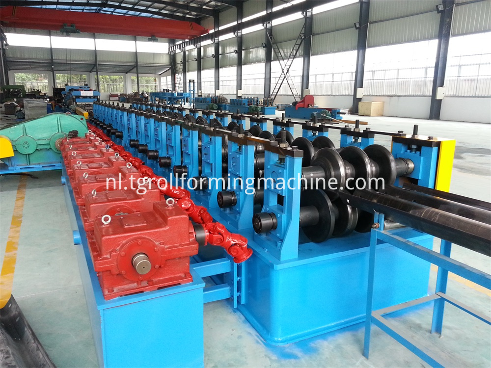 Double-Wave Highway Guardrail Roll Forming Machine