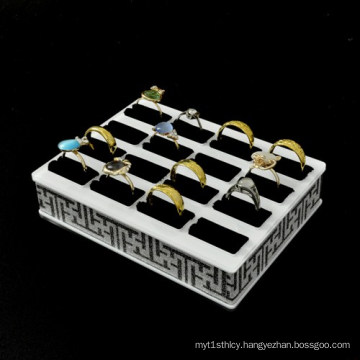 New Acrylic Rings Display Showcase with 16 Slots