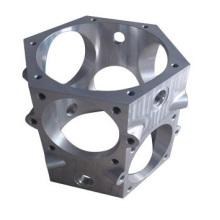 Escudo de liga de alumínio usado carro