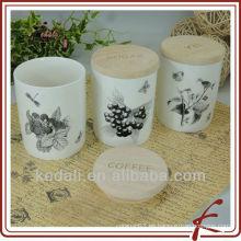China de fábrica Venta al por mayor de porcelana de cerámica Candy crema de almacenamiento de tarro