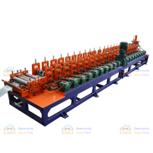 Roofing installation construction team high-precision and durable gutter downspout forming machine