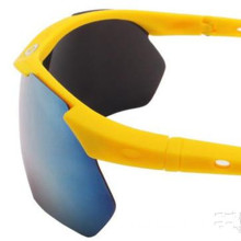New Men Sports Fashion Lunettes de soleil Outdoor Populaire