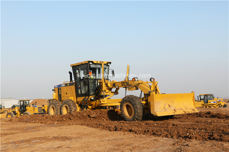 Пайдаланылған Caterpillar 140K CAT Grader