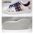lady skateboard sport shoes