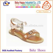 Новые ботинки сандалий ботинок ботинок способа