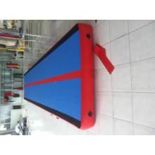 Pista de corrida Jumpy do ar inflável da alta qualidade do Gym para a venda
