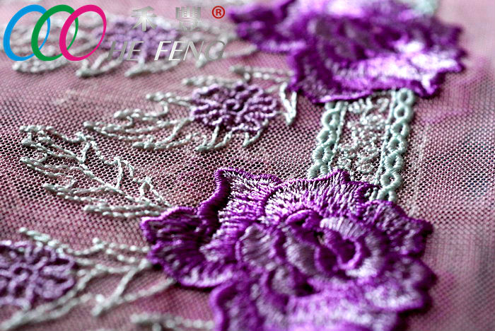 lace embroidery 03