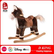 Jouet de cheval à bascule en bois antique avec musique