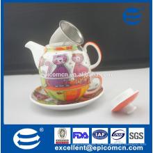 Fabricante al por mayor del patrón de la historieta el sistema de té de una porcelana de cerámica de la persona en uno