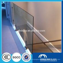 meilleur prix 10mm panneaux de clôture en verre trempé épais à vendre