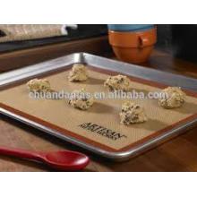 Vente en gros Tissu en silicone et revêtue résistant à la chaleur Grille alimentaire anti-dérapant en silicone