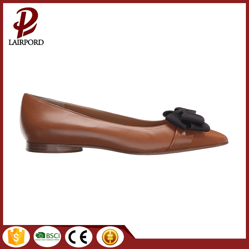 Pointed black flat leather new style shoes