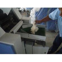 Pequeña máquina textil del cardado y de la hilatura del hilado del camello