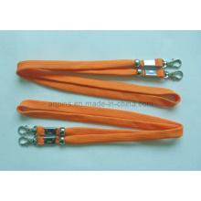 Cordón tubular naranja con gancho de metal