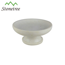 elegante plato de frutas de mármol blanco