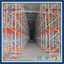 Very Narrow Aisle Factory utilise un système de stockage lourd