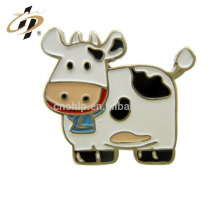Wholesale custom made hard enamel dairy cattle cow badge lapel pins