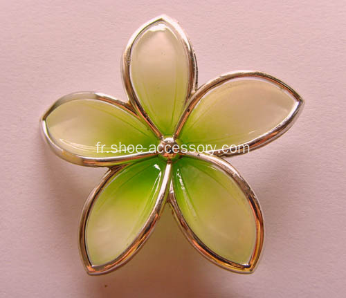 Elegant Metalized Plastic Shoe Flower