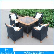 Mobiliário de jardim ao ar livre rattan mesa de jantar e cadeiras com braço de madeira de teca
