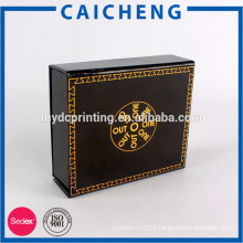 Gold stamping logo magnetic closure gift box from Chinese factory