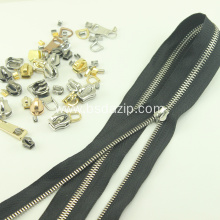 China Supplier for Metal Zip Slider Bag Zipper Metal #8 Stainless Steel Slider export to France Exporter