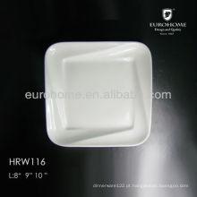 10.5 Cerâmica prato no restaurante