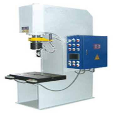 hydraulic press used in pressure management system