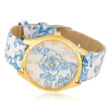 Reloj de pulsera de cuero clásico de cuarzo para niñas