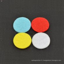 Top sell pads colorés, coussinets de médaillons d'huile essentielle, coussinets pour les huiles essentielles collier