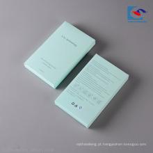 Projeto relativo à promoção que dobra a caixa de papel cosmética vazia do presente do armazenamento