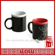 Taza de cerámica de la tiza, taza con la pizarra, esc