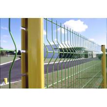Clôture en fil soudé revêtu de PVC