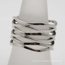 Wave Pattern Banhado a Prata Aço Inoxidável Bohemia Mulheres Wide Oco Finger Ring