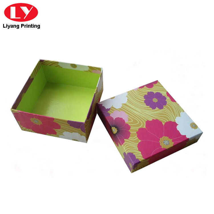 Scarf Paper Box