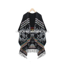 15PKCP05 2016 latest Lady's trendy woven acrylic aztec print cape poncho