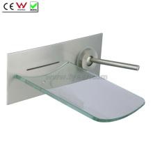 Torneira de banheiro de torneira de parede de cachoeira de vidro (QH0500W)