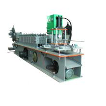 Rolltor Umformmaschine