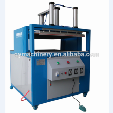 Comprimez la machine à emballer d'oreiller d'air, machine de compresse de fibre