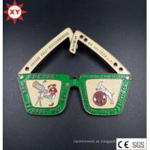 Fabricante de crachá de metal gravado personalizado da China
