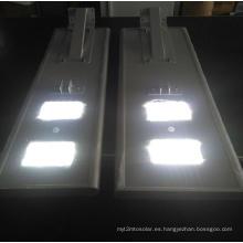 Farola LED solar integrada con litio