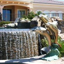 décoration extérieure métal artisanat dauphin piscine sculpture