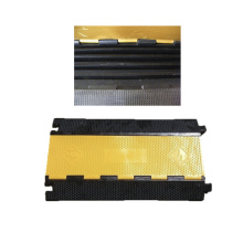 900*500*50mm 5 channels rubber cable protector speed ramp