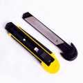 Retractable Box Safe Cutter with Snap Off Blades