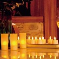 Candela di tealight LED ricaricabile Romance con supporto