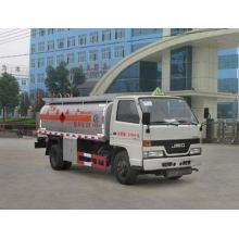 JMC 4X2 4-5CBM Mini camión cisterna de combustible
