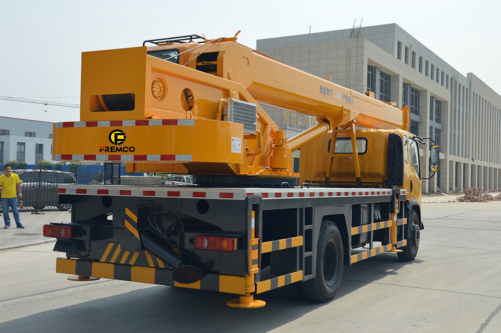 mobile wheel crane trucks